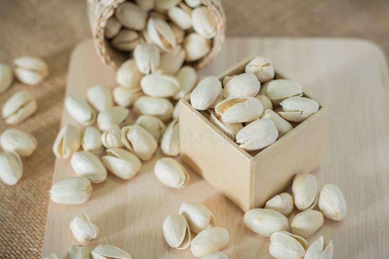 Download Pistacchi salati immagine stock. Immagine di pasto, mangi - 56890507