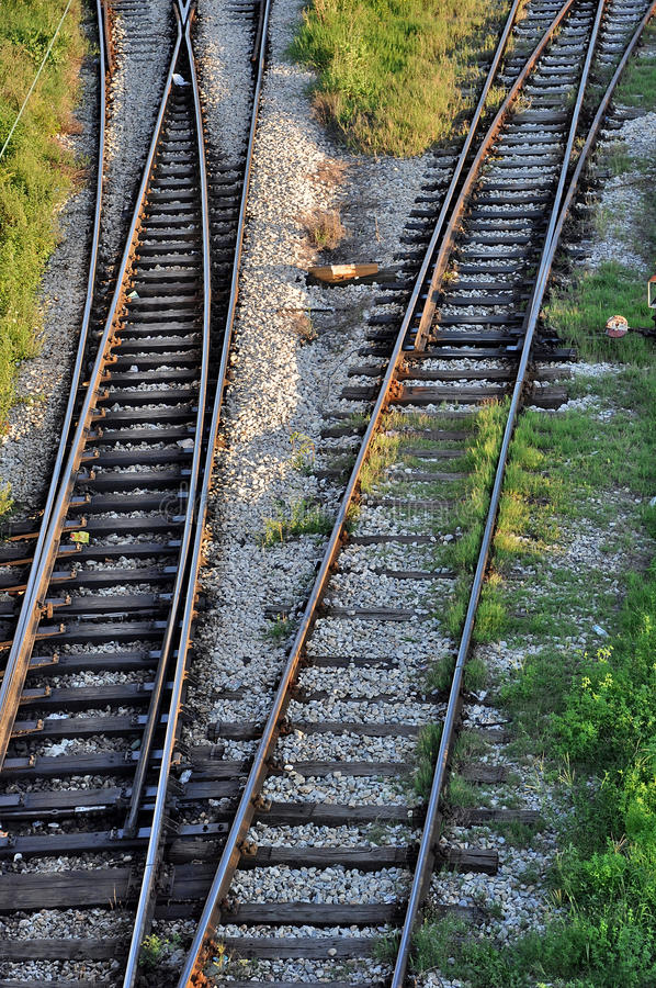 Pistas de ferrocarril cambiantes imagenes de archivo