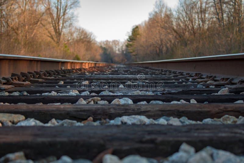 Pistas de ferrocarril de Point of View foto de archivo
