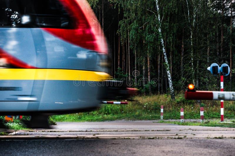Pistas de ferrocarril, Polonia, Lodz fotografía de archivo