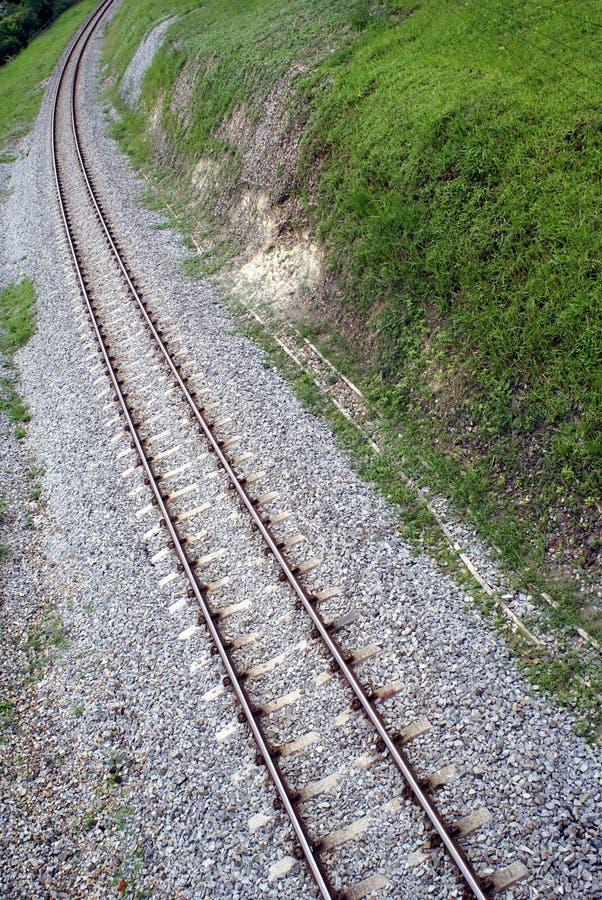 Pistas ferroviarias curvadas fotos de archivo libres de regalías