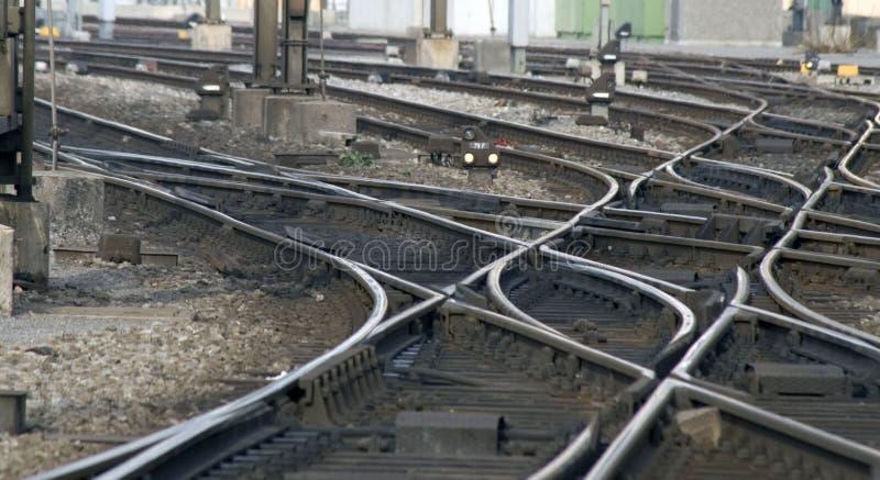 Pistas ferroviarias: Ensambladura foto de archivo