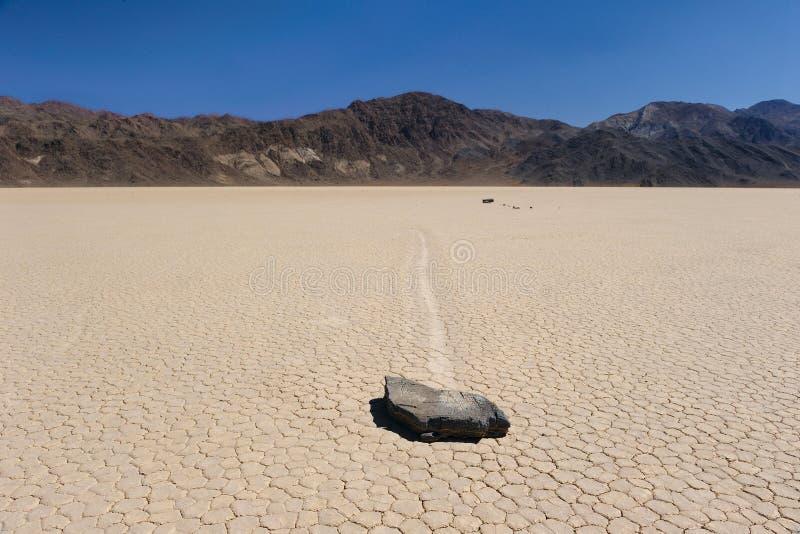 Piste de chemin de Death Valley horisontal photographie stock libre de droits