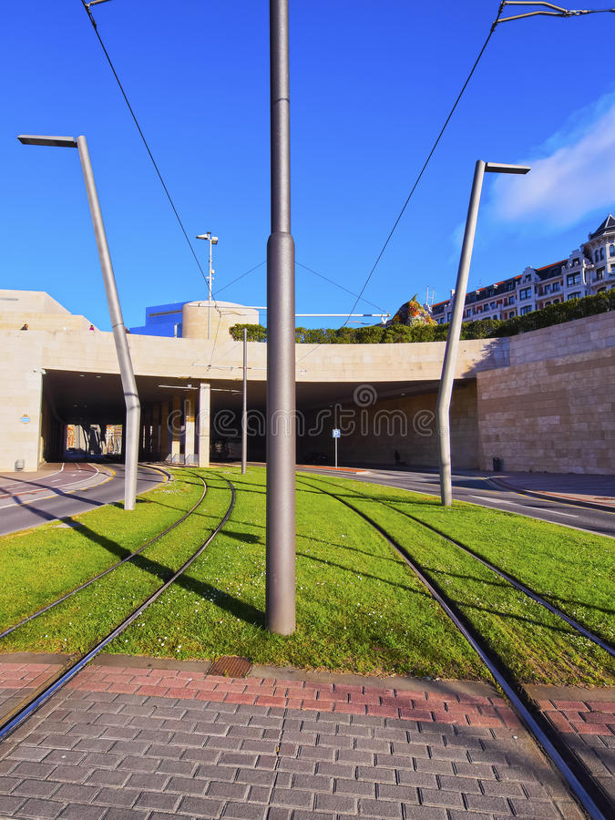 Piste del tram a Bilbao immagini stock libere da diritti
