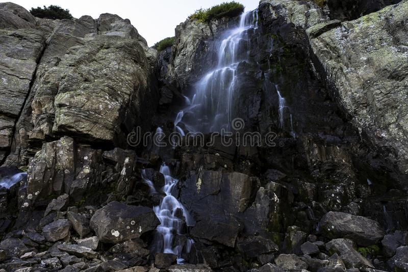 Piste du lac Sky Pond de Timberland Falls image stock