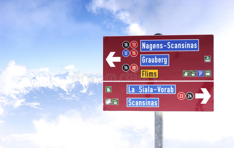 Piste Sign At The Top Of A Mountain Stock Images