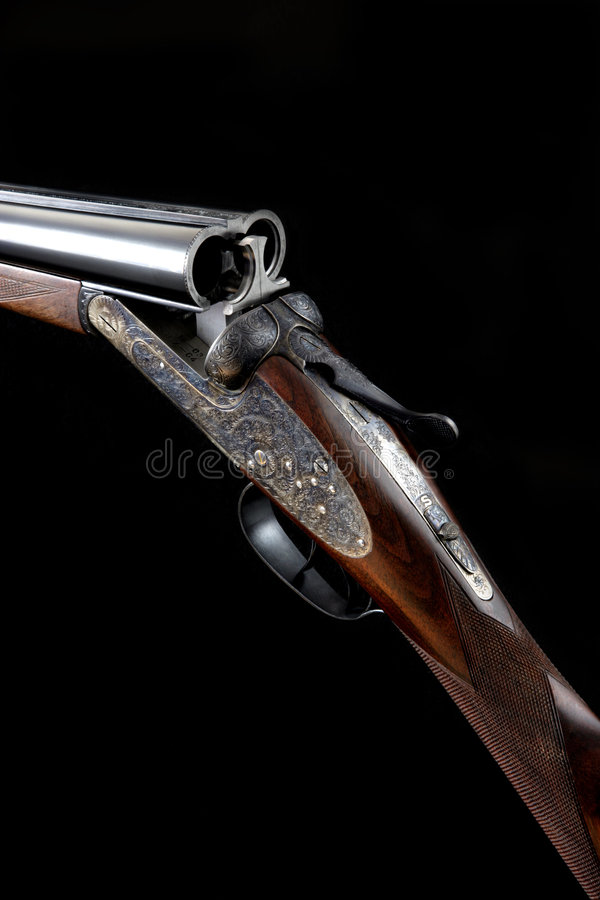 Pistola alesata del colpo di azione 12 rotondi di AYA no. 2 fotografie stock