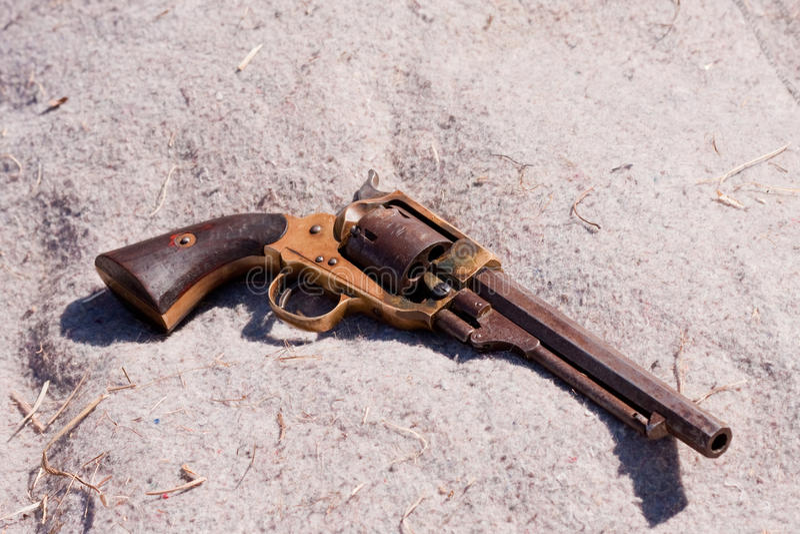 Pistola antiga fotografia de stock