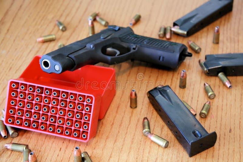 pistola di 9mm fotografie stock