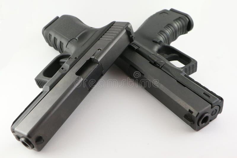 Pistolas dobles imagen de archivo