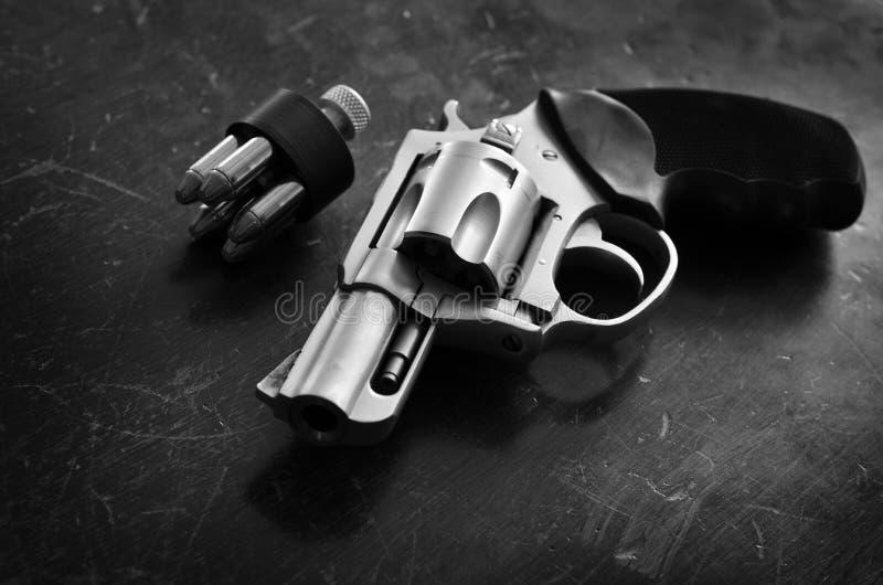 Pistolecik krócica Kryje Niesie Osobistą ochrony obronę zdjęcie stock