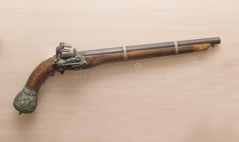 Pistolet antique, Perse, XVIIème siècle photo libre de droits