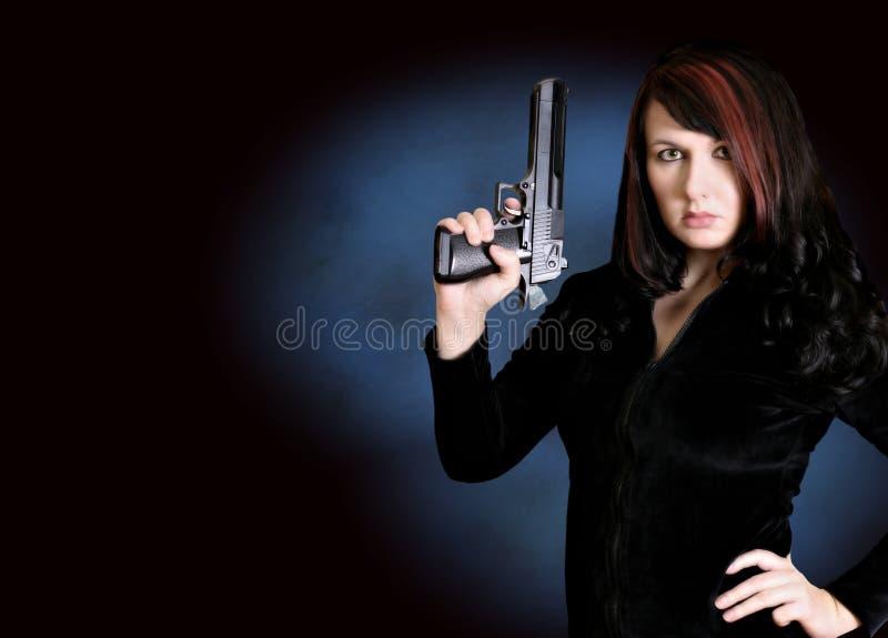Download Pistolet Nieprzeparte Serii Zdjęcie Stock - Obraz złożonej z portret, kobieta: 41478