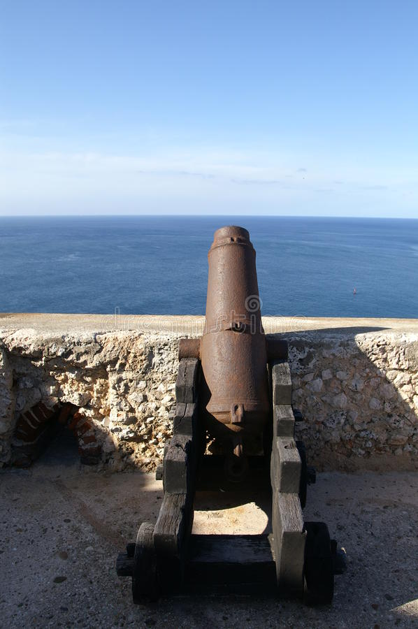 Pistolet przy Castillo Del Morro zdjęcie stock