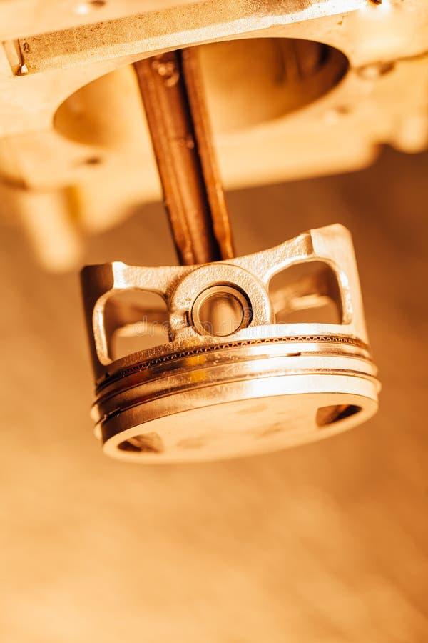 Piston de moteur, vue de plan rapproché photo libre de droits