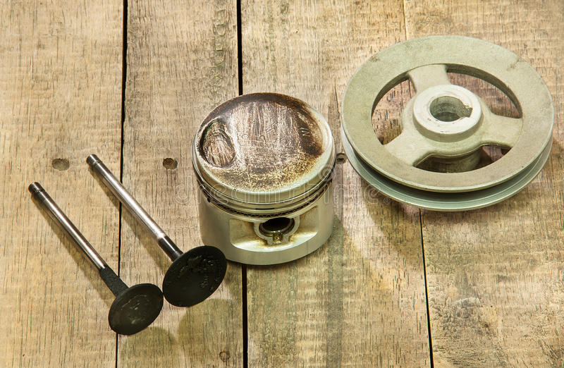 Piston, poulie, valves image stock