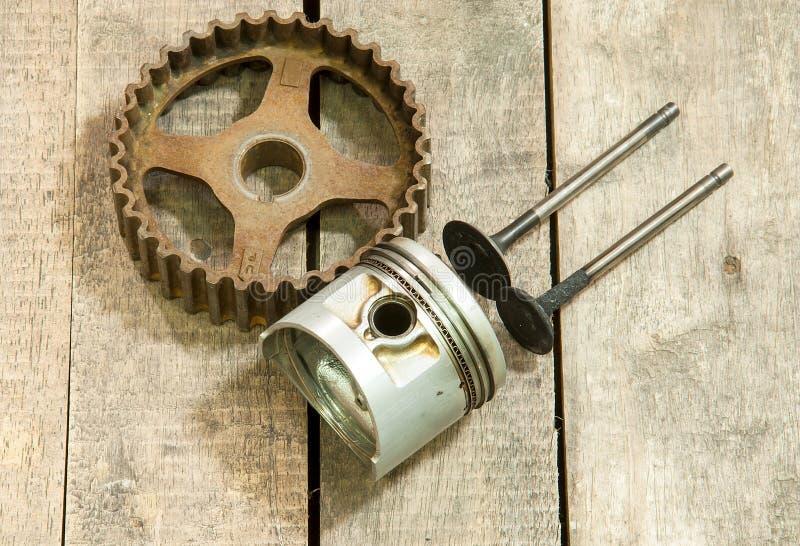 Piston, vitesse, valves photos libres de droits