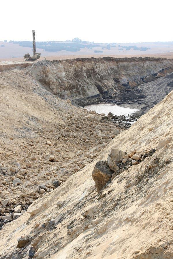 Pit Coal Mining abierto y proceso imagen de archivo