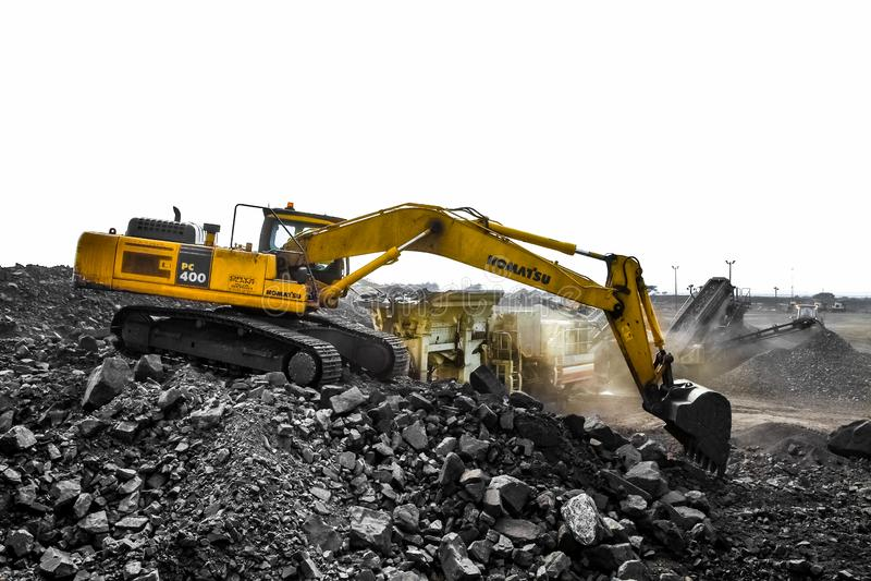 Pit Manganese Mining y equipo abiertos fotografía de archivo libre de regalías