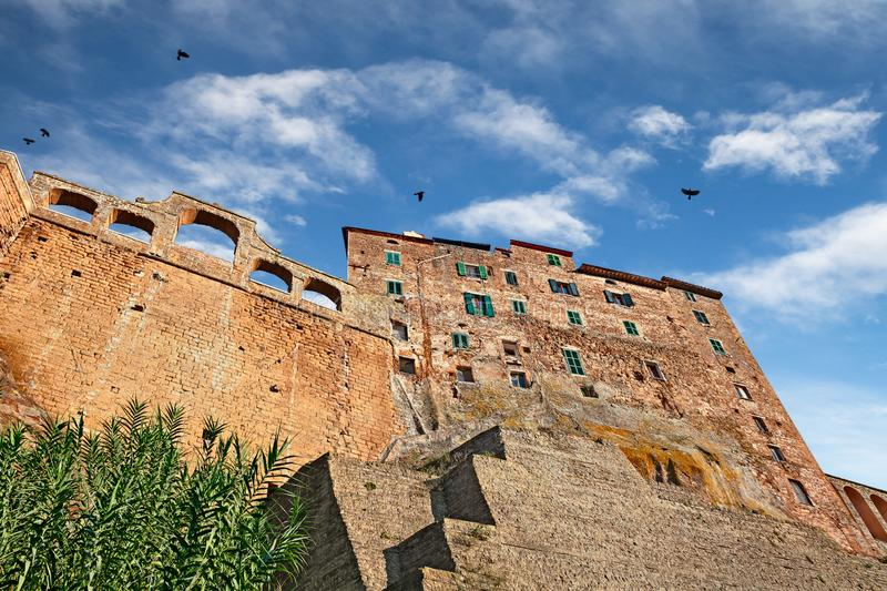 Pitigliano, Grosseto, Tuscany, Italy. Picturesque view of the old buildings in the medieval village founded in Etruscan time on the tuff hill stock images