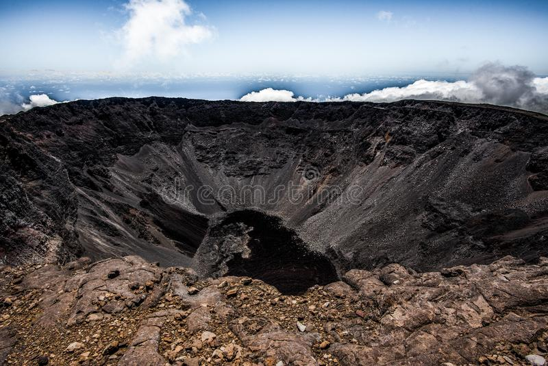 Piton De Los angeles Fournaise Krater obrazy royalty free