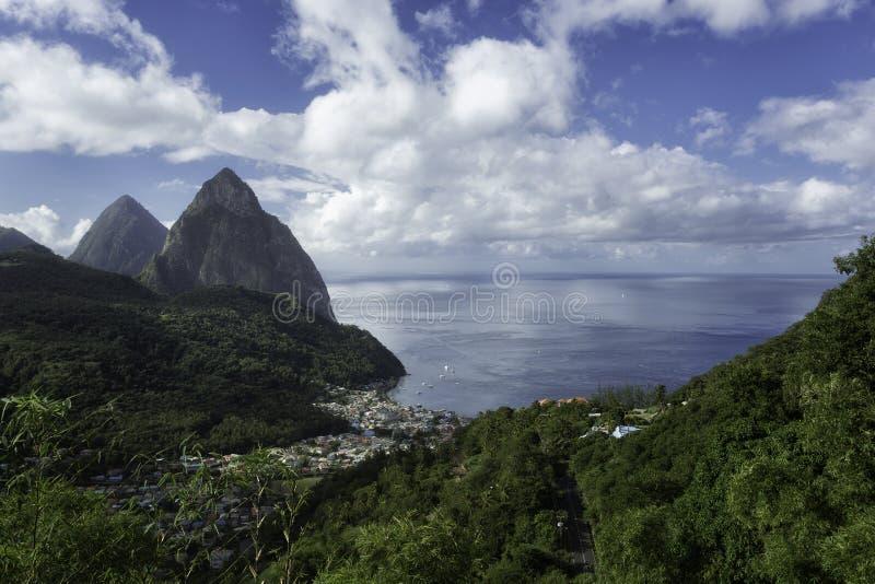 Pitons de St Lucia fotografía de archivo