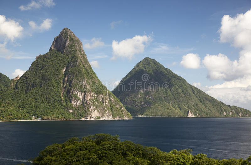 Pitons von St Lucia stockbild