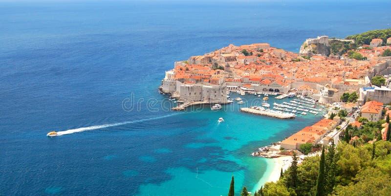 Pittoresk ursnygg sikt på den gamla staden av Dubrovnik, Kroatien arkivfoto