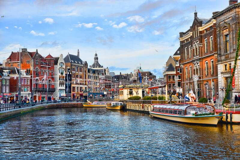 Pittoreska sikter av centret av Amsterdam arkivfoto