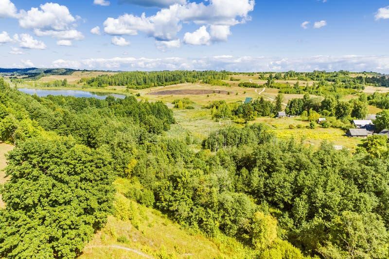 Pittoreskt landskap av ryska utrymmen royaltyfria bilder