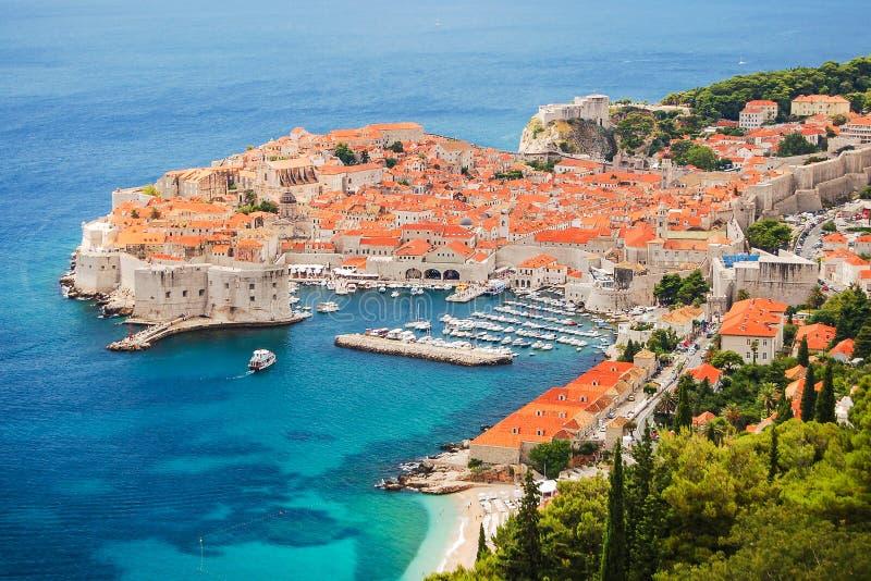 Pittoreskt ursnyggt landskap av Dubrovnik, Kroatien arkivfoton