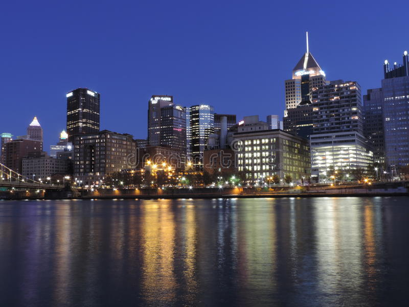 Download Pittsburgh At Dusk From PNC Park Editorial Photography - Image: 35441357
