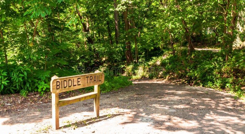 Pittsburgh, Pennsylvania, los E.E.U.U. 7/25/2019 de Biddle de la muestra del rastro que lleva en el parque de Frick del estaciona foto de archivo