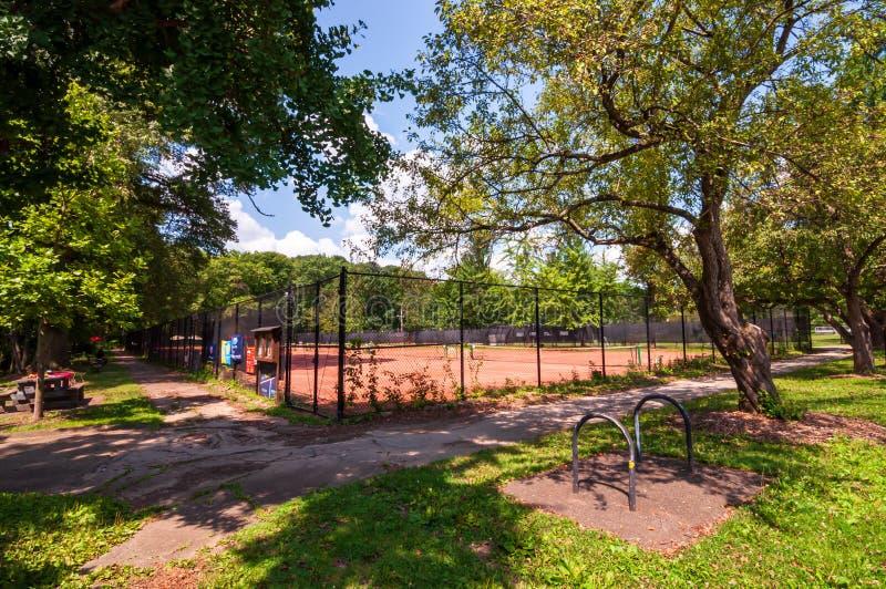 Pittsburgh, Pennsylvania, los E.E.U.U. 7/25/2019 de Frick de las pistas de tenis del parque en la avenida del sur de Braddock fotos de archivo
