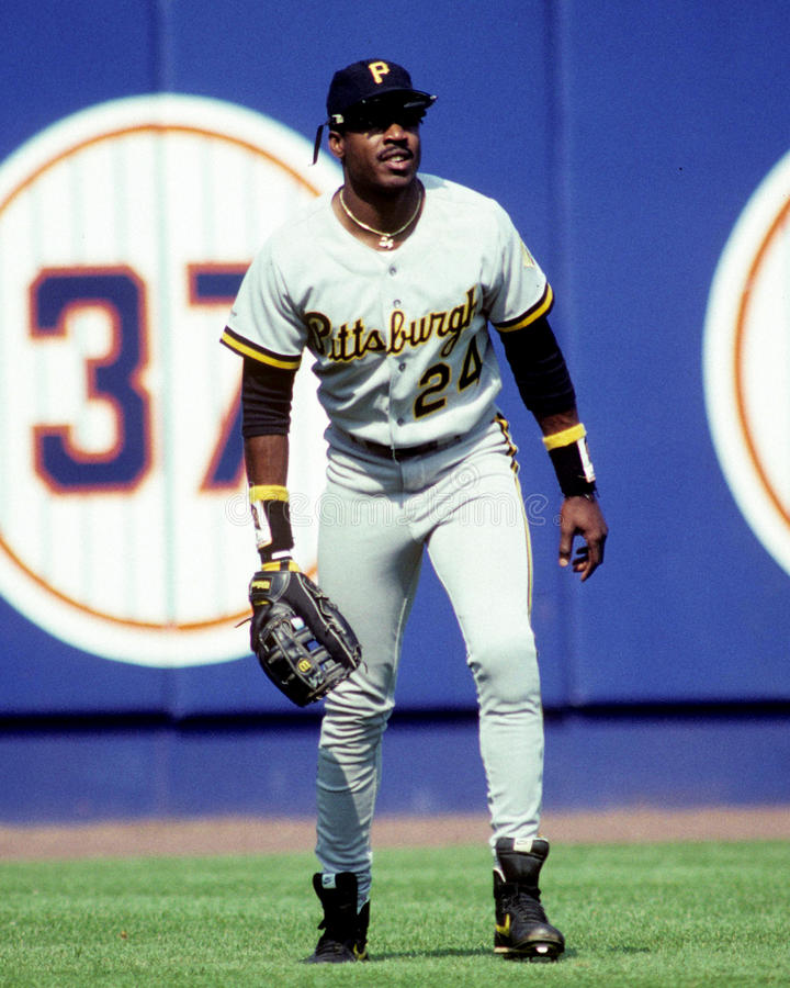pittsburgh-pirates-outfielder-barry-bond