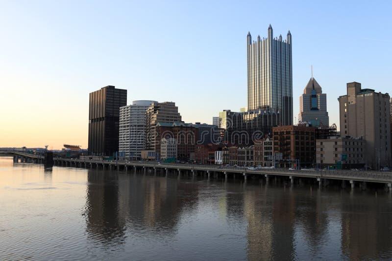 Pittsburgh por la tarde foto de archivo libre de regalías