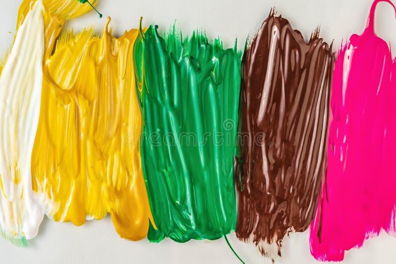 Pittura acrilica sottragga la priorità bassa Struttura delle pitture colorate multi illustrazione vettoriale