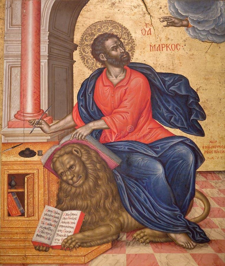 Pittura antica con St Mark l'evangelista fotografia stock libera da diritti