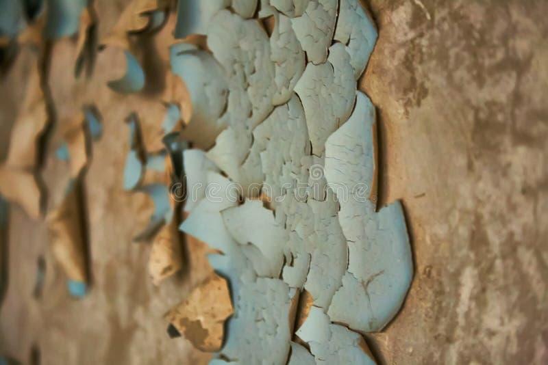 Pittura della sbucciatura su struttura senza cuciture della parete Modello del materiale blu rustico di lerciume fotografie stock