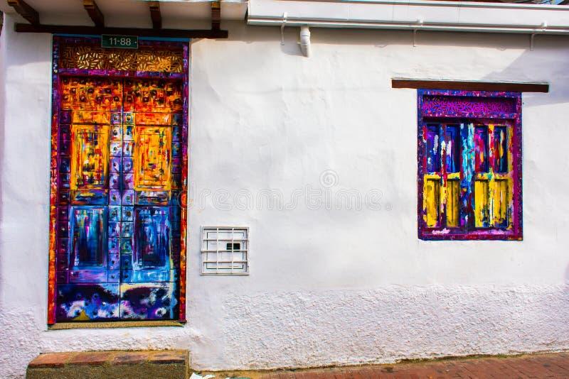 Pittura della via nelle vie di Candelaria Bogota immagini stock libere da diritti