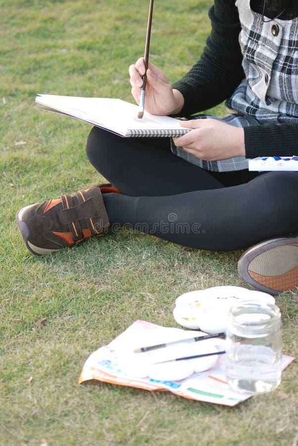 Pittura sull'erba fotografie stock libere da diritti