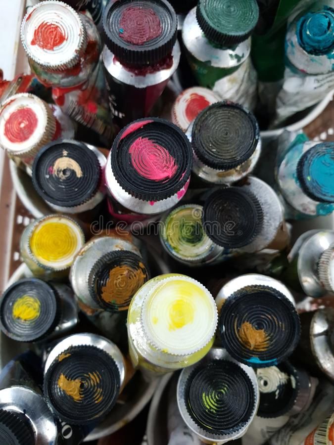 Pitture ad olio in tubi immagine stock