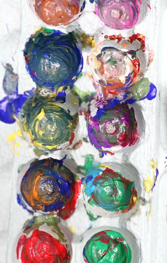 Pitture Del Dito In Una Cassa Dell Uovo Per Arte Fotografia Stock Libera da Diritti