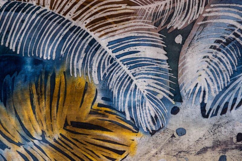 Piume, batik caldo, struttura del fondo, fatta a mano su seta fotografia stock libera da diritti