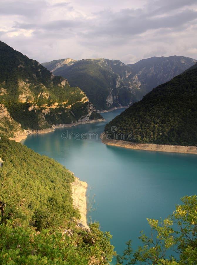 Pivsko Jezero, Durmitor park narodowy, Montenegro obrazy stock