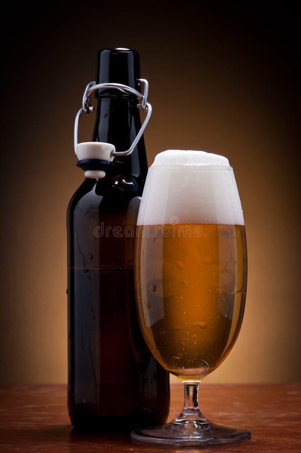 piwnej butelki szkło zdjęcie stock