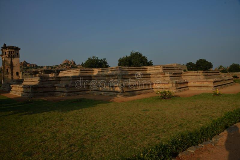 Piwnica Queen's pałac przy Zenana klauzurą, Hampi, Karnataka, India zdjęcia stock