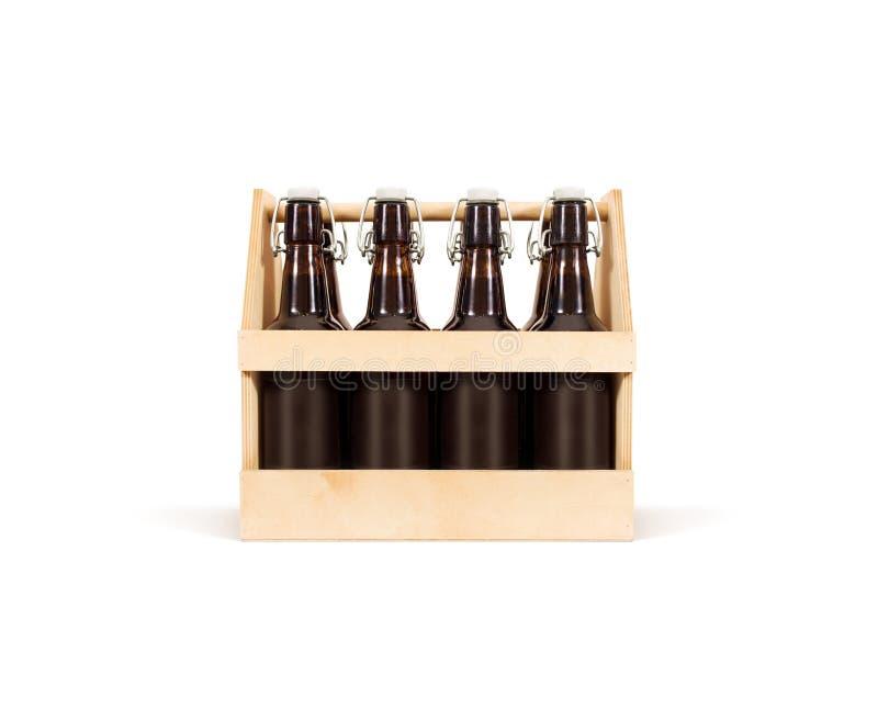 Piwny drewnianego pudełka egzamin próbny up odizolowywający Drewniana skrzynka zdjęcie stock