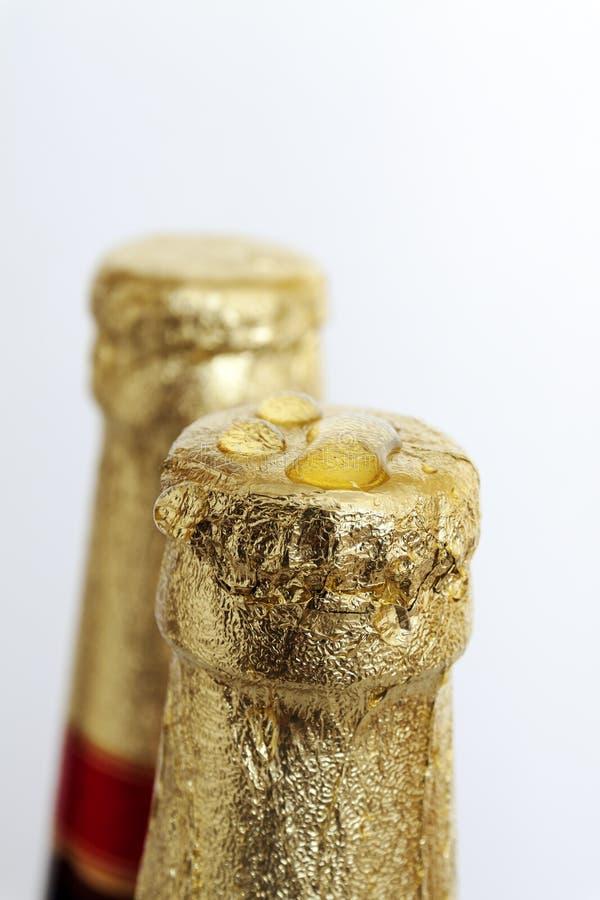Piwo korki pieczętujący w złotej folii zdjęcia royalty free