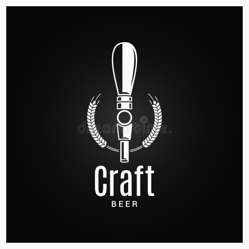 Piwo kranowy logo Rzemiosło piwna etykietka na czarnym tle royalty ilustracja